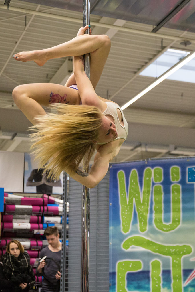 Lauterbach Kreativbetreuung, Werbeagentur, Marketing, Kreativ, Agentur, Social Media, Consulting, Kommunikationsagentur, Gestaltung, Anzeigengestaltung, WüFit, Decathlon, Pole-Dance, Carolin Schmitt, Pole-Mimi